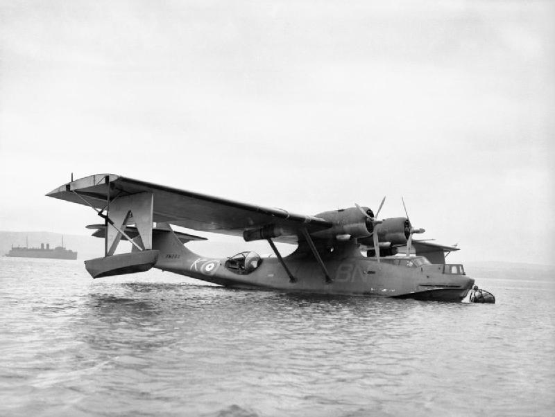 Consolidated_Catalina_Mk_II_of_No._240_Squadron_RAF_based_at_Stranraer_in_Scotland,_March_1941._CH2448